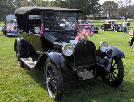 1920_dodge_brothers_touring_car.jpg
